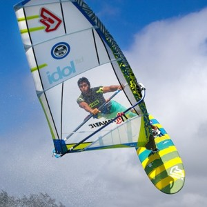 north-idol-windsurfing-sail-2015-action.png